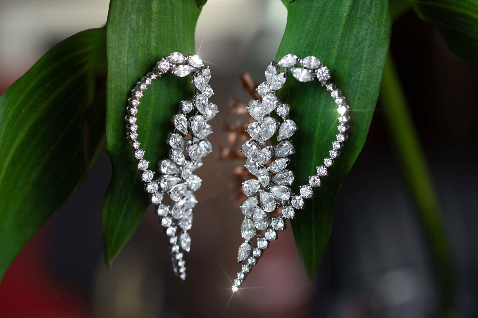 MaximiliaN London earrings with pear, marquise and brilliant cut diamonds