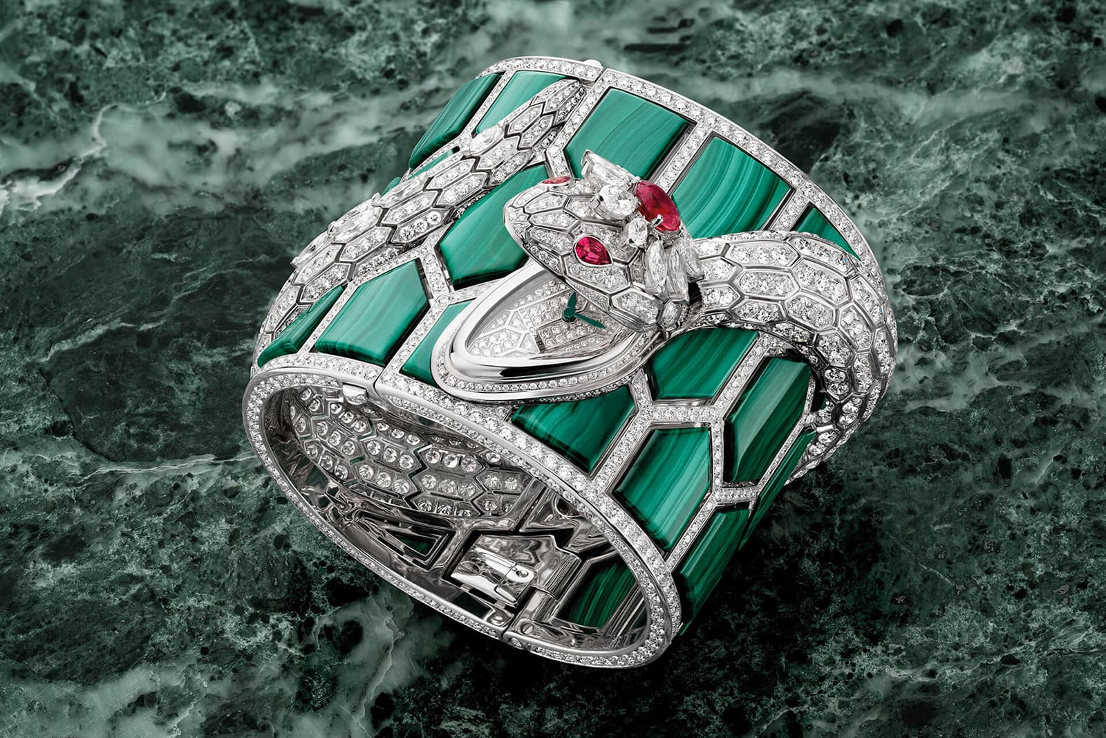 Bulgari 'Serpenti' secret watch with diamonds, malachite and rubellite in white gold
