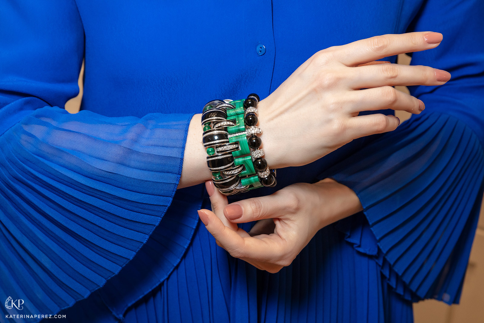 Boucheron 'Nature Triomphante' cuff bracelet with malachite, onyx and diamonds in white gold