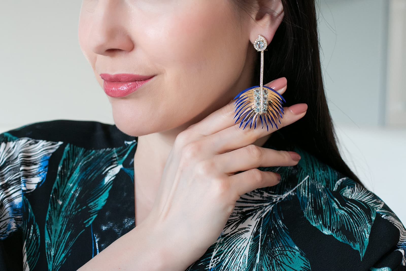 Carol Kauffmann 'Palm' long earrings from the 'Botanica' collection with diamonds and aquamarines in nano-ceramic coated silver and yellow gold