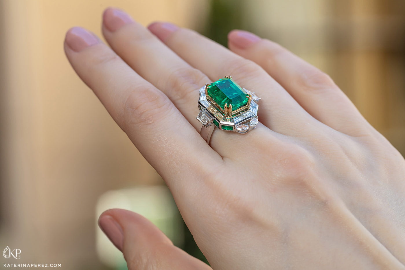Sunita Nahata 'Regalia' collection ring with 8.57ct Colombian emerald, accenting emeralds and diamonds in white and yellow gold