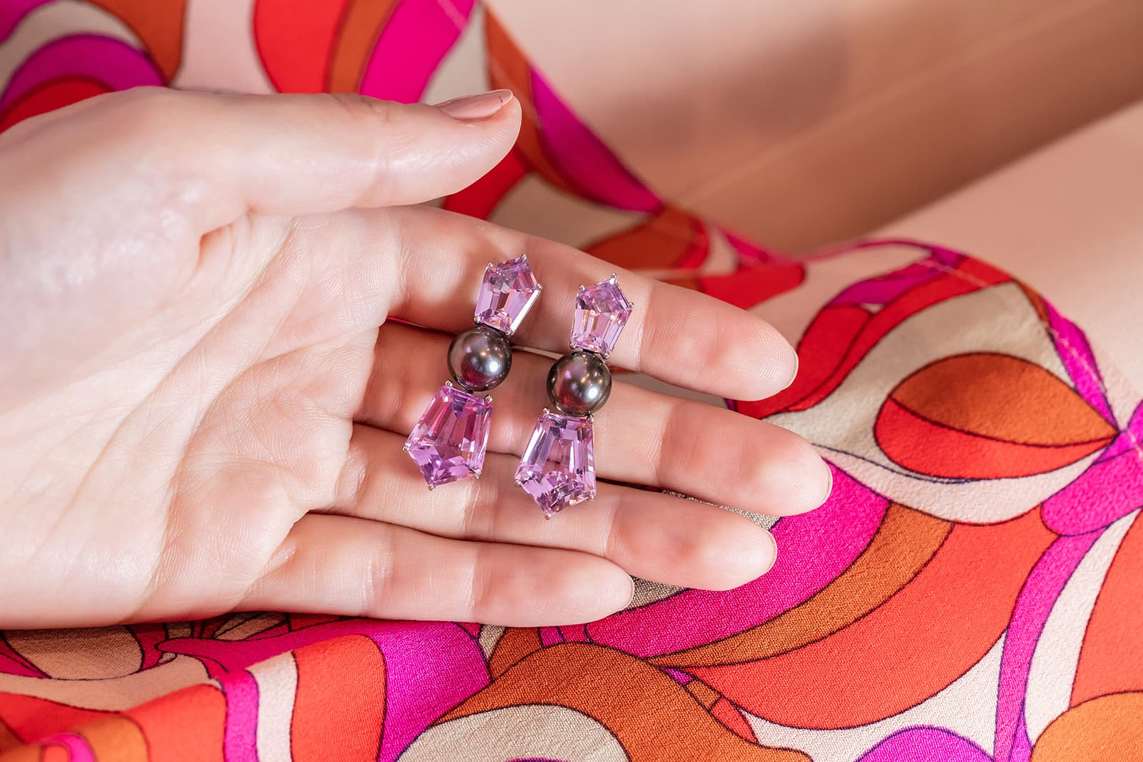 Assael earrings with kunzite and Tahitian pearls