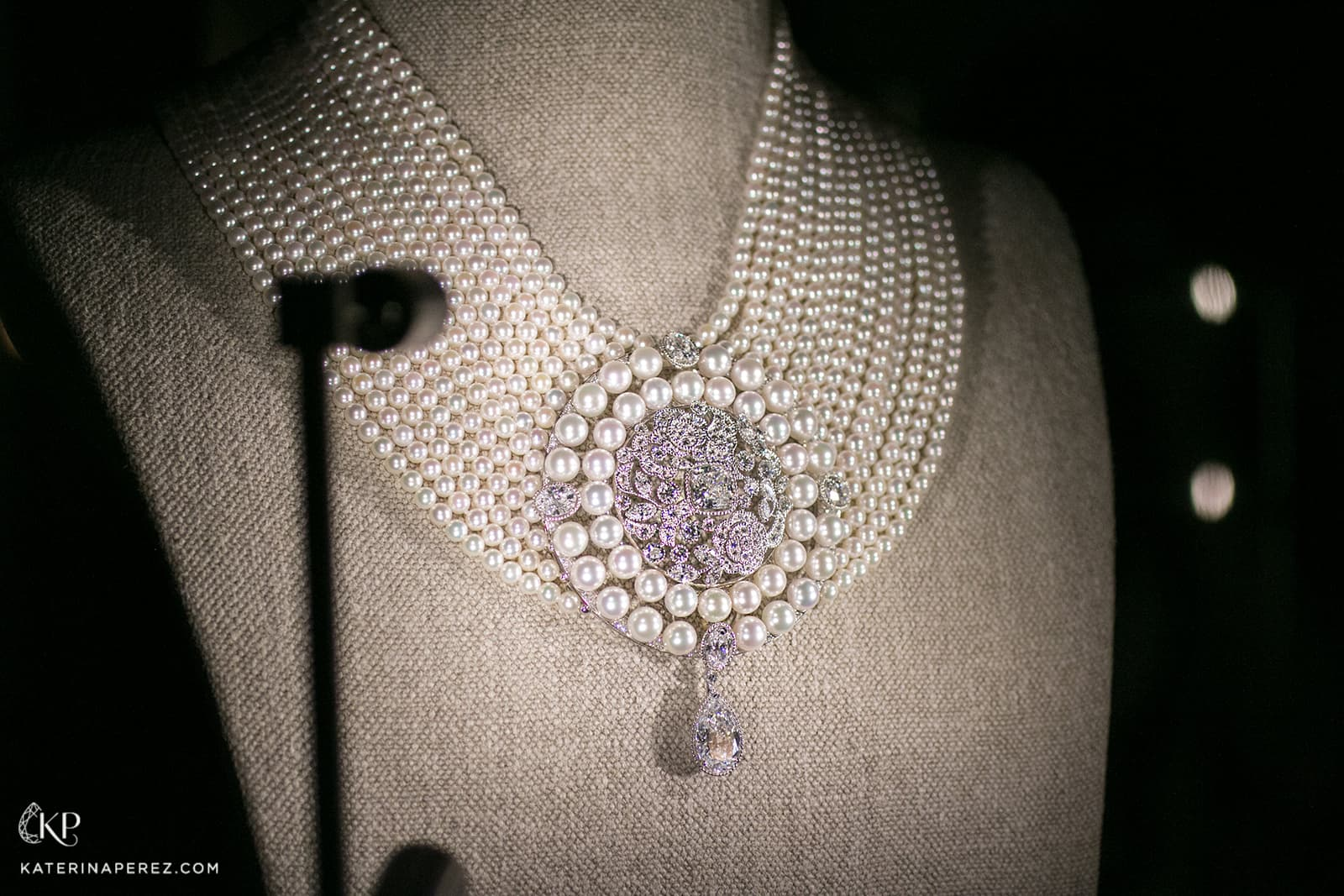 Chanel 'Le Paris Russe de Chanel' collection necklace with diamonds and pearls in white gold