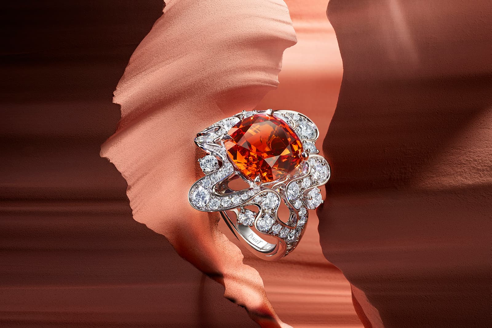 Piaget 'Irresistible Attraction' ring with spessartite garnet and diamonds in white gold