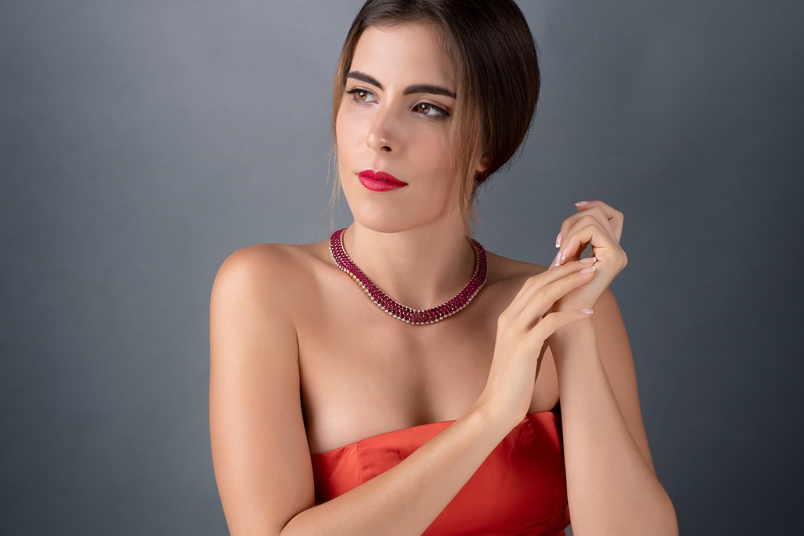Stenzhorn 'Una' choker with rubies and diamonds in white gold