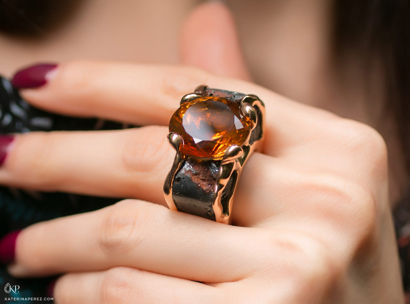 Philippe Pfeiffer ring with 22.40ct Palmeira citrine in hematite and yellow gold