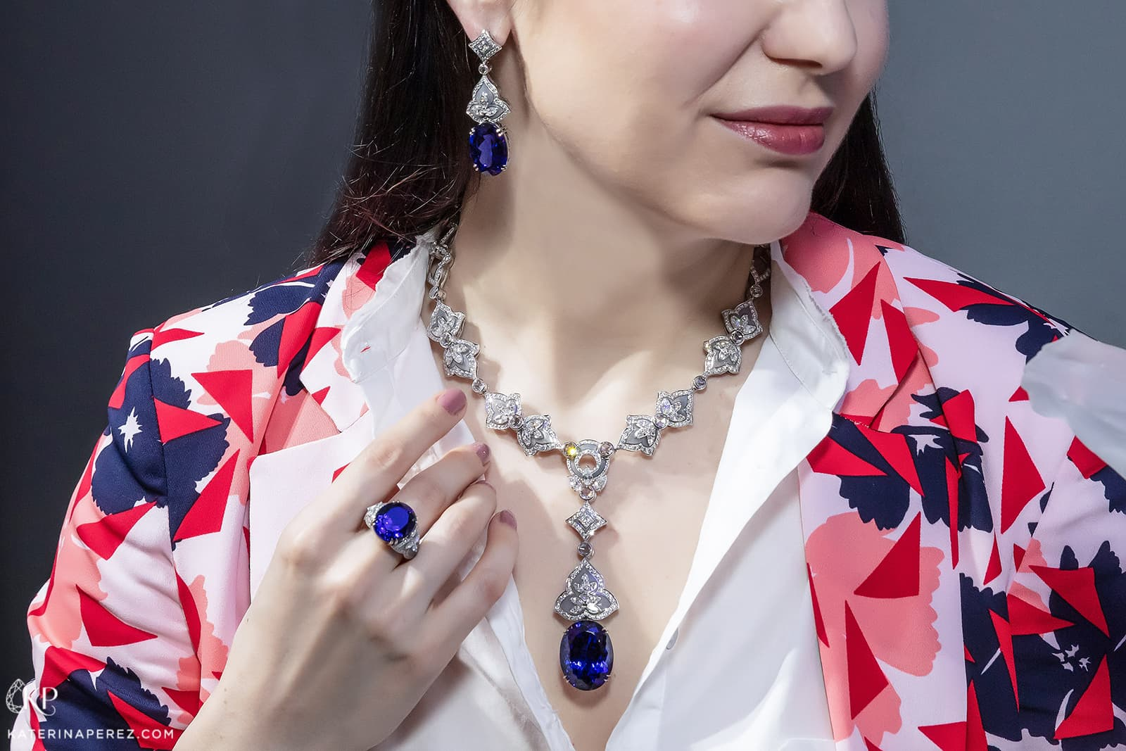 Henn of London necklace with 61.11ct tanzanite, earrings with 48.83ct tanzanite, ring with 18.27ct tanzanite, all with diamonds and enamel in white gold