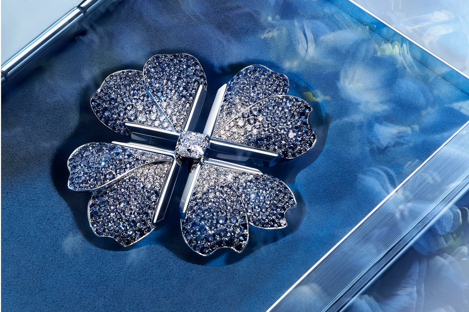Tiffany&Co. Blue Book 2019 collection brooch with over 2ct cushion cut diamond, sapphires and diamonds in platinum