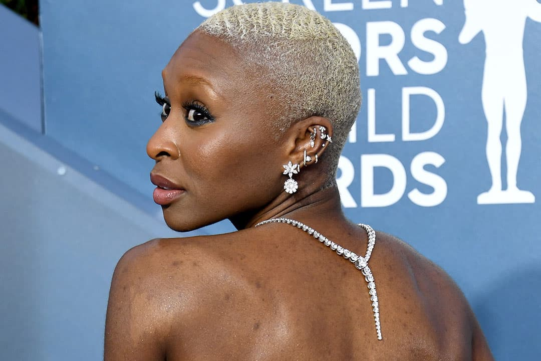 Cynthia Erivo wearing Roberto Coin earrings and necklace with diamonds