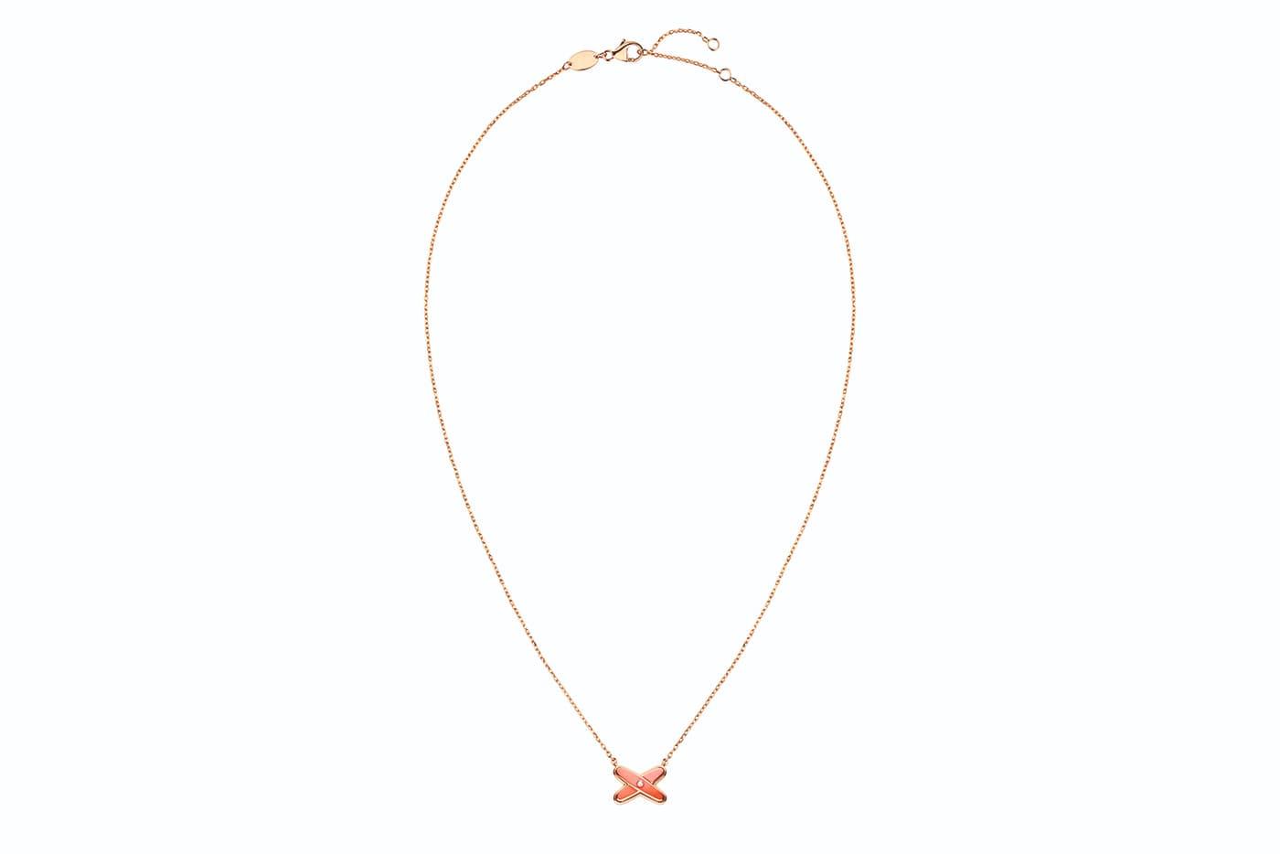 Колье Chaumet из коллекции Liens из розового золота с лаком и бриллиантами