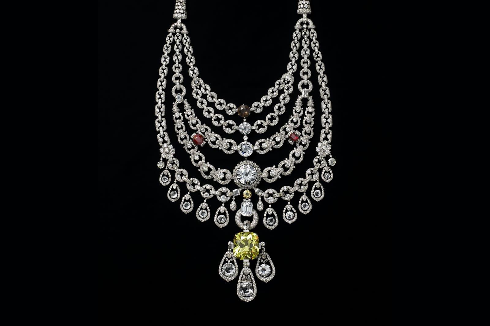 Колье Patiala от Cartier с желтым бриллиантом 234.65ct