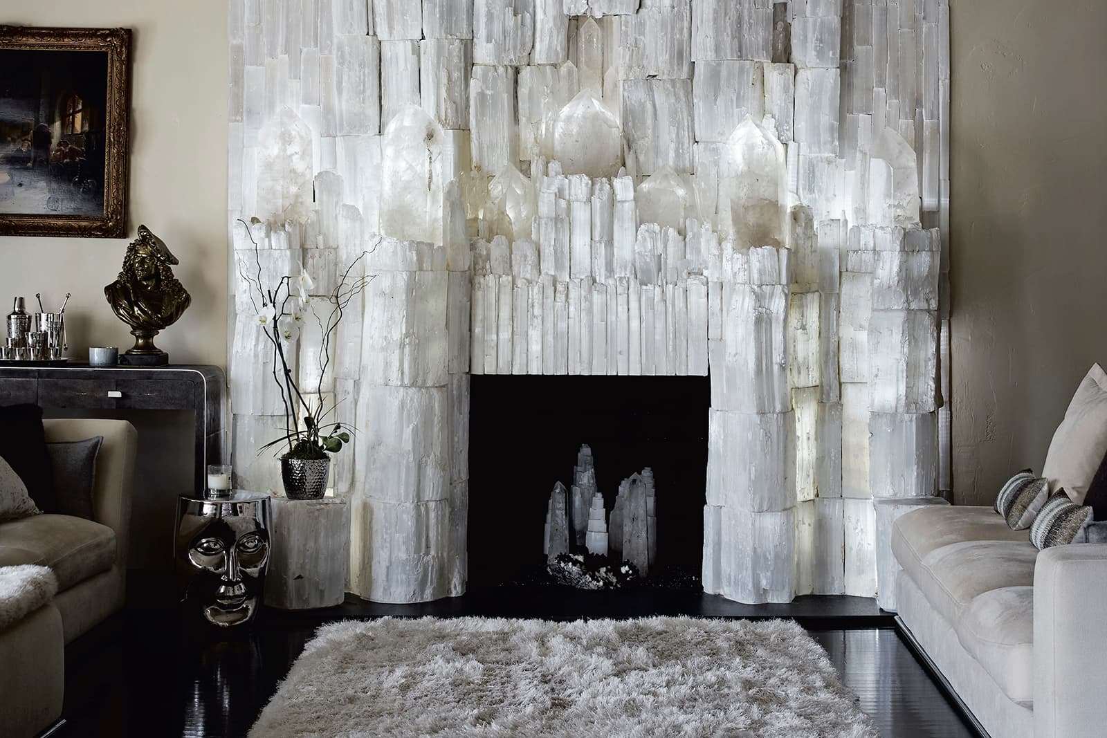 This magnificent selenite fireplace belongs to the legendary jewellery designer Robert Procop (Jon Day © 2020)