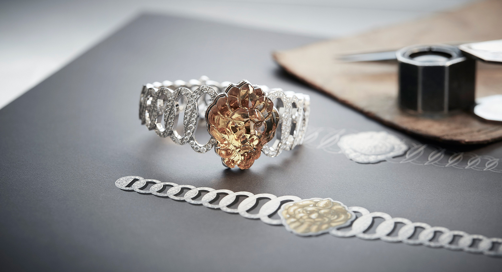 L'Esprit du Lion high jewellery secret watch in 18 carat white gold, set with a 37.41 carat hand-carved beryl and diamonds