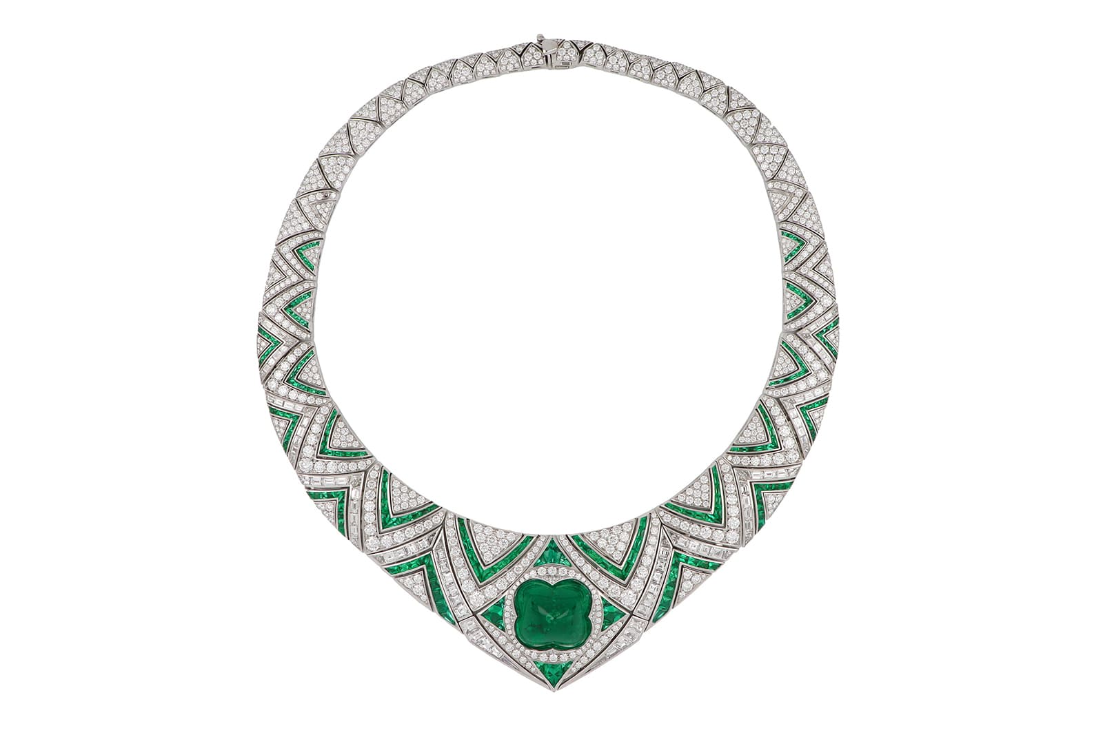 Bvlgari Barocko Cupola high jewellery necklace starring a 32.88 carat sugarloaf cabochon emerald