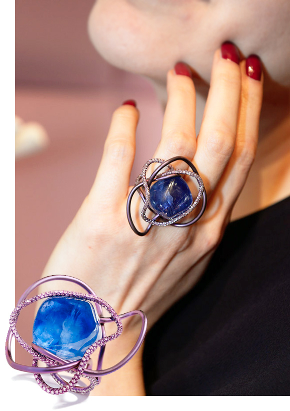Suzanne Syz unfaceted sapphire ring set in titanium