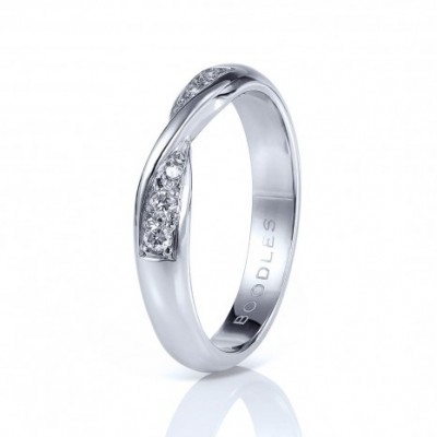 Boodles wedding band