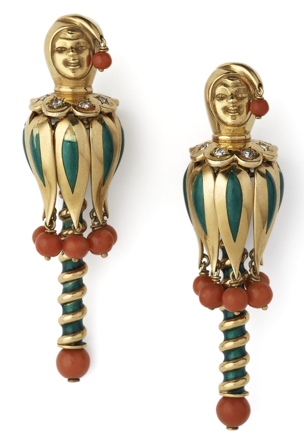 Enamel-coral-and-diamond-cl
