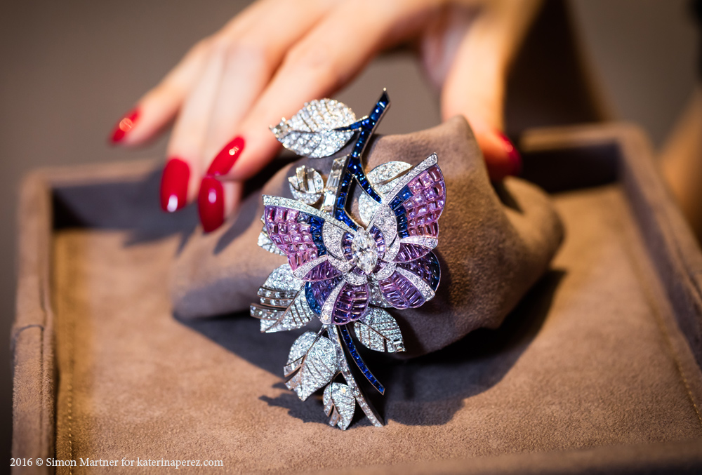 Van Cleef&Arpels Papillon Mystérieux Clip - vitrail mystery setting brooch