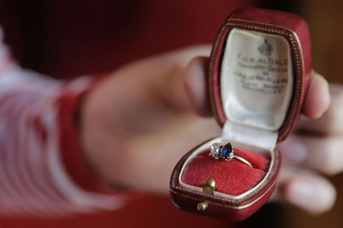 Napoleon and Josephines engagement ring