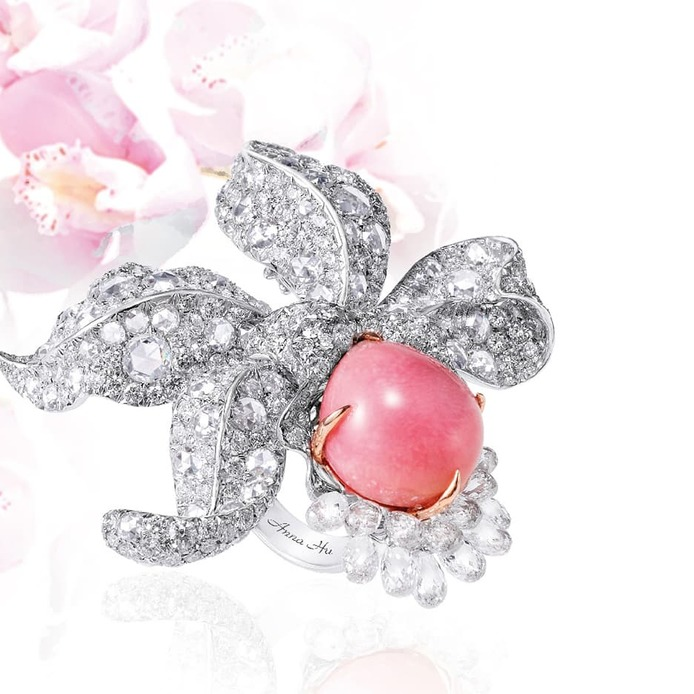 'Enchanted orchid' ring with conch pearl and diamonds