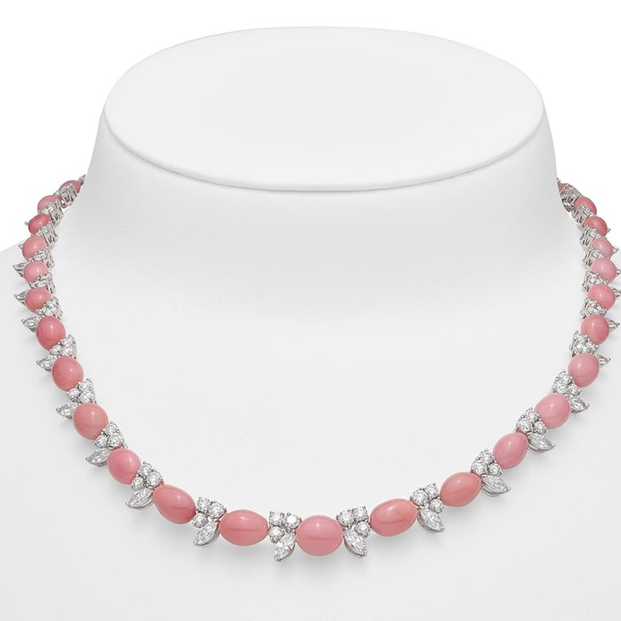 Riviere necklace with conch pearls and diamonds