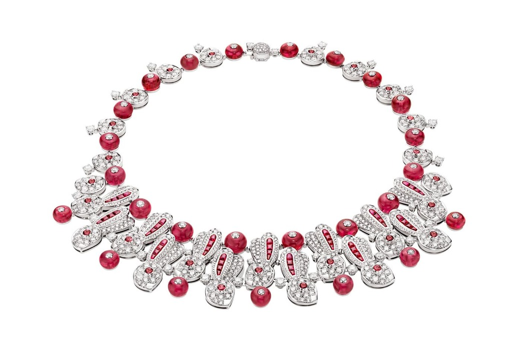'Cinemagia' collection necklace with rubies and diamonds in white gold