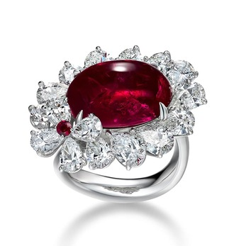 Ring with Burmese pigeon's blood ruby and diamonds in white gold