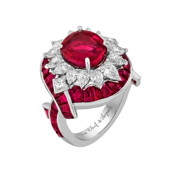 'Romeo and Juliet' collection 'Filtro d'Amore' ring with 3.89ct central ruby, accenting rubies and diamonds in white gold