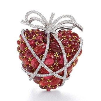 'Wrapped Heart' brooch with cabochon rubies and diamonds in yellow gold and platinum