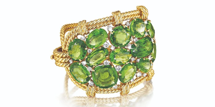 'Cluster' bracelet with peridot and diamonds in yellow gold