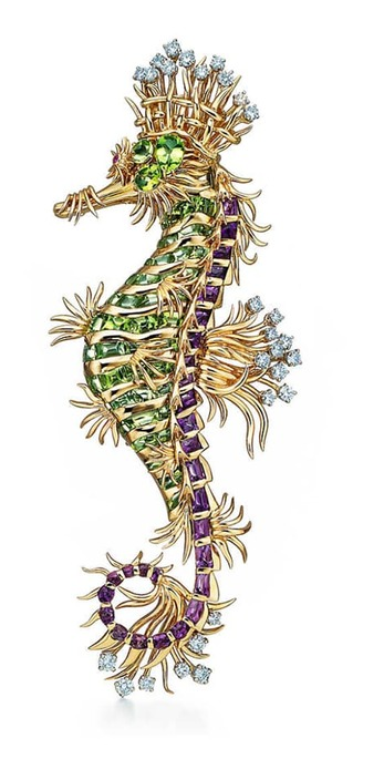 'Seahorse' brooch with peridot, amethysts and diamonds in yellow gold