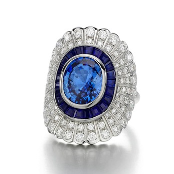 Daisy ring with sapphires and diamonds
