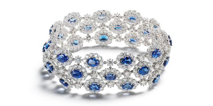 Bracelet with sapphires and diamonds