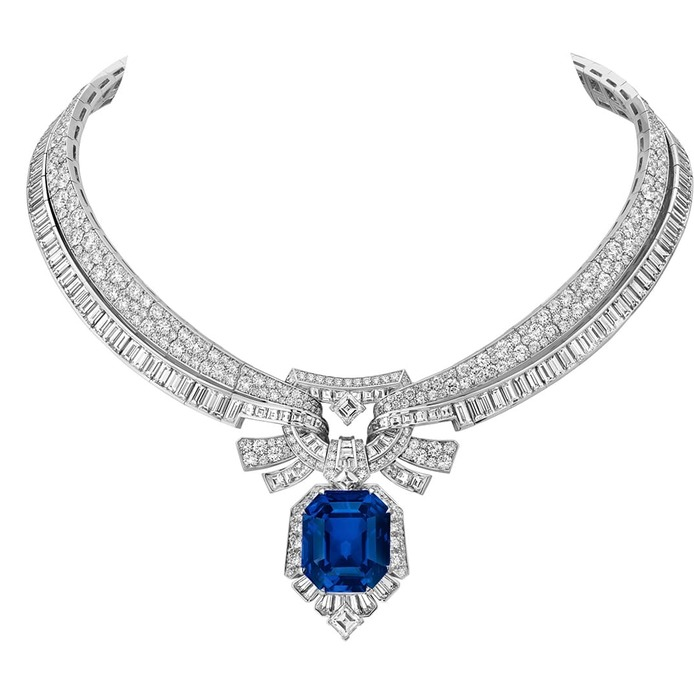 Maiolica necklace with sapphire and diamonds