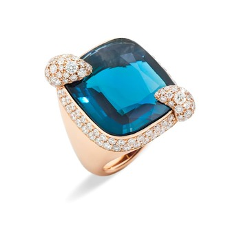 'Ritratto' ring with London blue topaz and diamonds in yellow gold