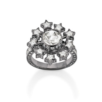 Moon and Stars twisting ring embellished with diamonds