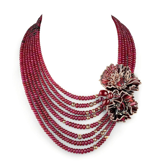 Chaumet est Une Fête collection Aria Passionata transformable necklace with rhodolite garnets, cabochon cut rubies, accenting rhodolite garnets, rubies, onyx beads, and diamonds in pink gold and lacquer