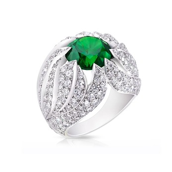 White Fire ring with 5.68ct demantoid garnet and diamonds in white gold