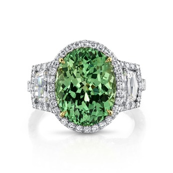 Ring with 6.77ct tsavorite garnet and diamonds in white gold