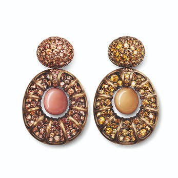 Earrings with conch pearl, Sri Lankan Padparadscha sapphires, Melo pearl and orange sapphires in bronze
