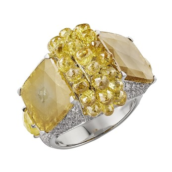 Yuma ring with yellow and colourless diamonds in white gold