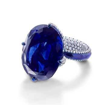 Ring with sapphire and diamonds in titanium