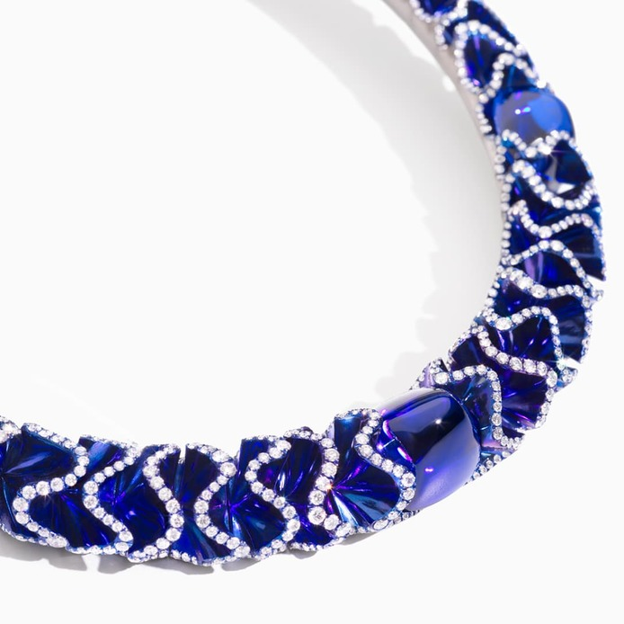 Blue Velvet choker with tanzanites and diamonds in titanium