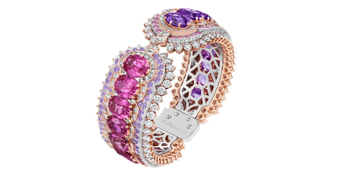 Innamorato bracelet featuring a graduation of pink to mauve sapphires, from the Romeo & Juliet high jewellery collection