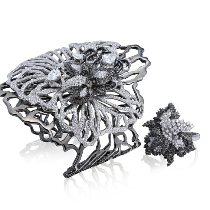 Black and white diamond Princess of Monaco cuff and ring in 18 carat blackened and white gold
