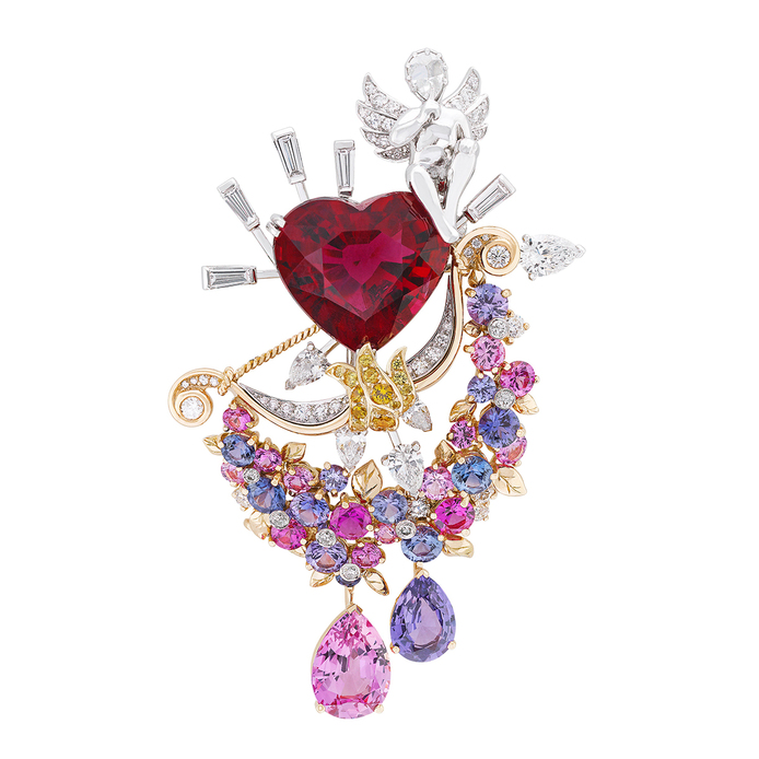 Van Cleef&Arpels  Secret de Amoureaux clip with a pear-shaped orangy-pink sapphire of 2.74 carats from Sri Lanka is paired with a pear-shaped violet sapphire of 1.36 carats, a heart-shaped rubellite of 12.04 carats, with diamonds and sapphires
