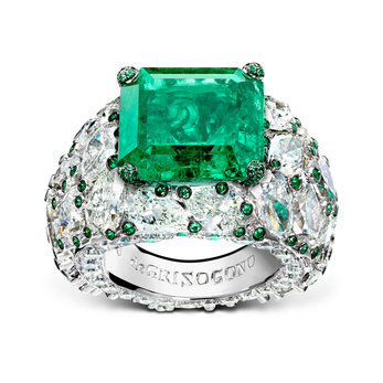 De Grisogono Love on the Rocks ring with emeralds and diamonds