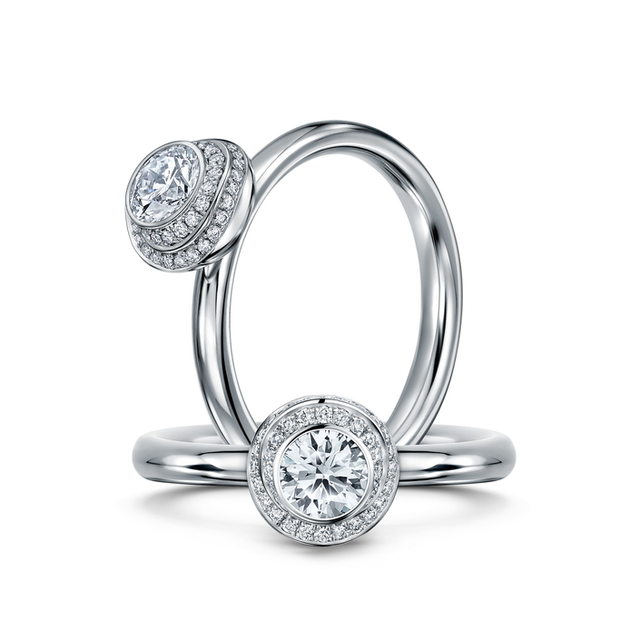 Andrew Geoghegan 'Claire de Lune' ring in Platinum with 0.46ct feature diamond