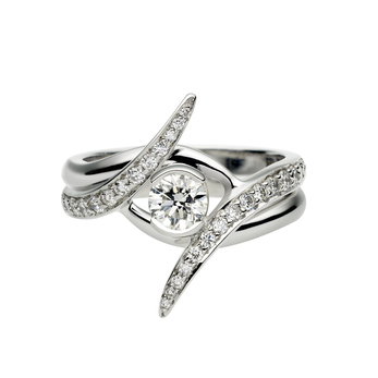 Shaun Leane 'Interlocking' ring, with 0.85ct diamond with platinum setting