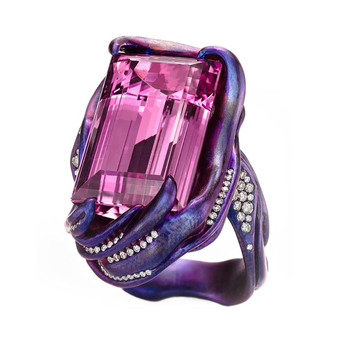 Suzanne Syz one-of-a-kind ring in titanium, with pink topaz and diamonds